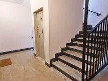 Vista scale e ascensore