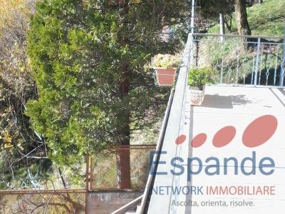 Terrazzo con accesso al piano seminterrato